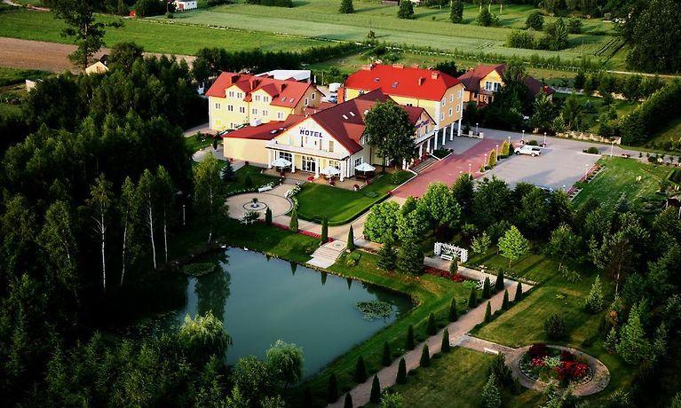 Hotel Chabrowy Dworek Teresin